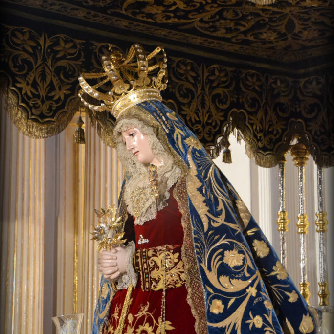 Nuestra Señora de la Paz Coronada